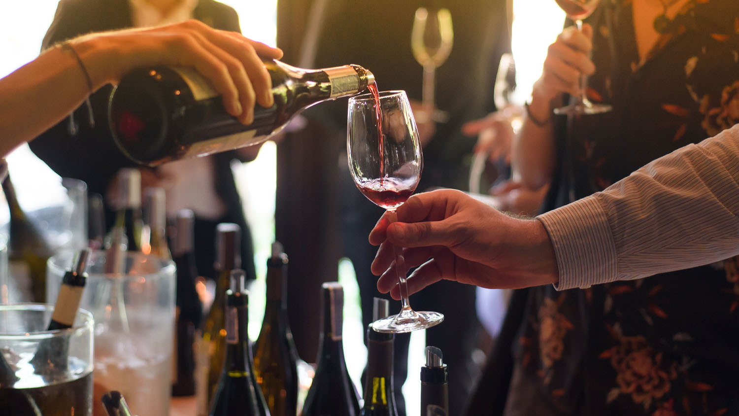 Sierra Vista - Events - Pouring Wine