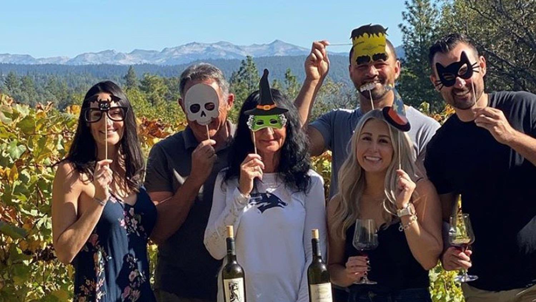 Sierra Vista Vineyards and Winery - Halloween